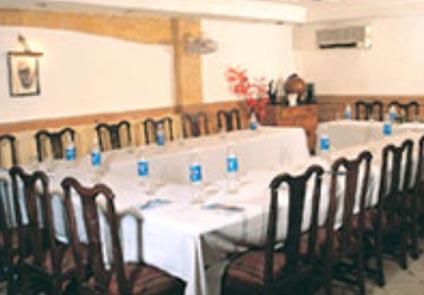 Hotel Crest Inn Delhi