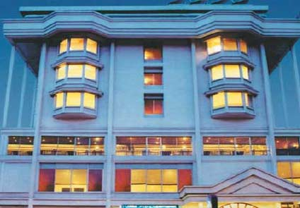 Hotel Abad Plaza Kochi
