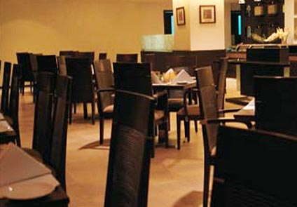 Hotel Hans Plaza New Delhi