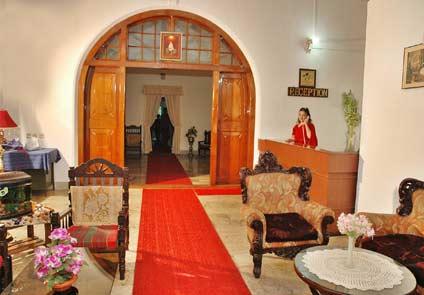 Hotel Palm Grove Kannur