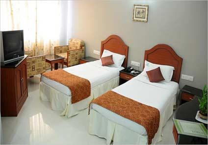 Hotel Peninsula Chennai