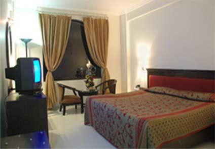 Hotel Pushp Villa (Hotel Deedar-e-Taj) - Agra
