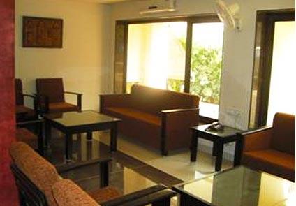 Hotel Savshanti Towers Vadodara