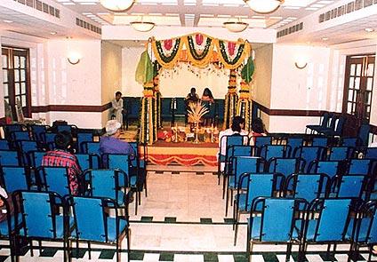 Hotel Yuvraj Vadodara
