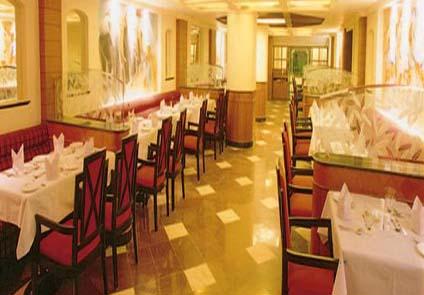 Hotel Pearl Regency Hyderabad