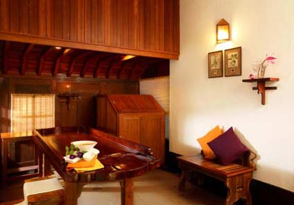 Punnamada Backwater Resort Alleppey
