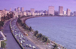 Tours to Marine Drive Mumbai,Historical Places in India